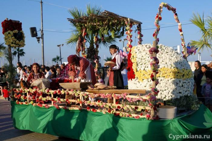 На фестивале цветов в Ларнаке