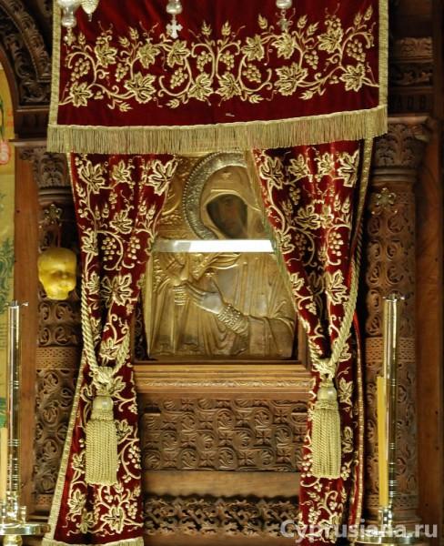 Богородица Ножевая