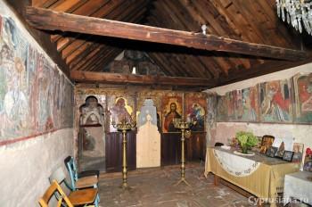 """Церковь св. Георгия """"Perachoritis"""""""