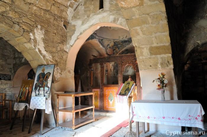 Внутри церкви св. Евстафия
