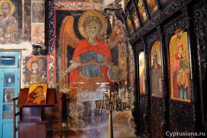 Архангел Михаил. 1805 (?!). Роспись церкви св. Георгия в Ксилофагу