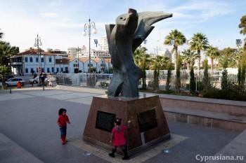 Армянский памятник