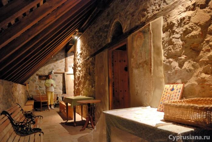 Подкрышное пространство с фресками