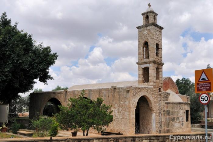 Церковь в Avgorou