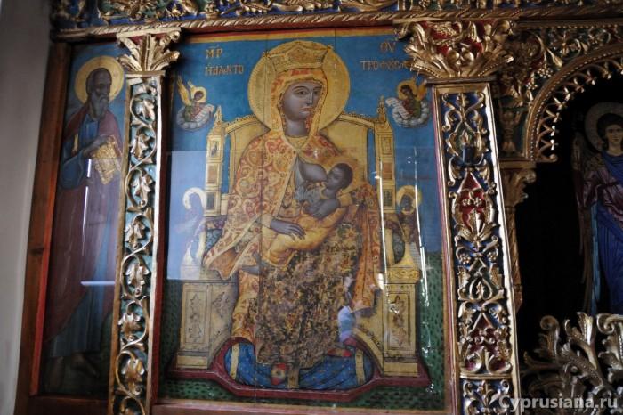 чудотворная икона Божией Матери Млекопитательница в монастыре св. Ираклидия