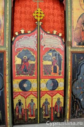 Храмовая икона и Царские Врата