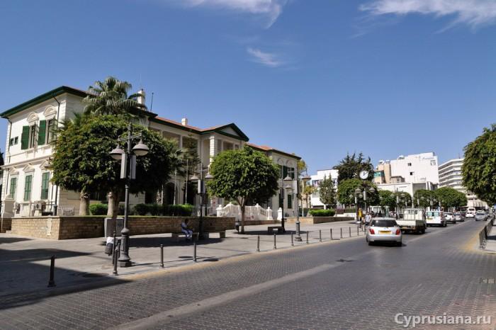Площадь на улице Независимости