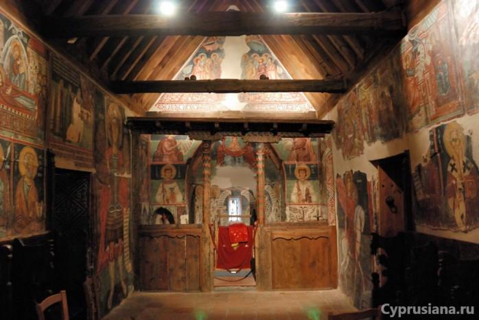 Церковь Архангела Михаила изнутри