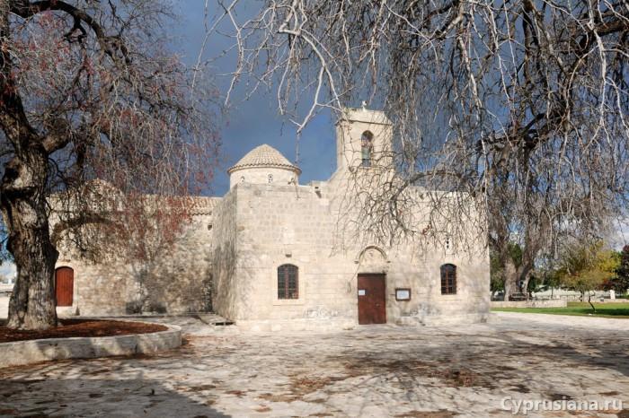 Церковь Панагии Ангелоктистос в Кити