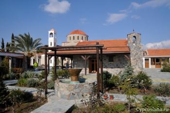 Церковь Богородицы Глосса