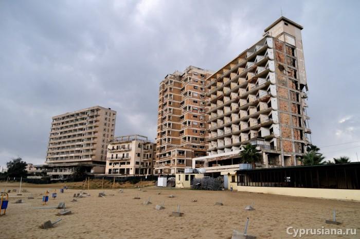 Пустующие гостиницы Амохостоса