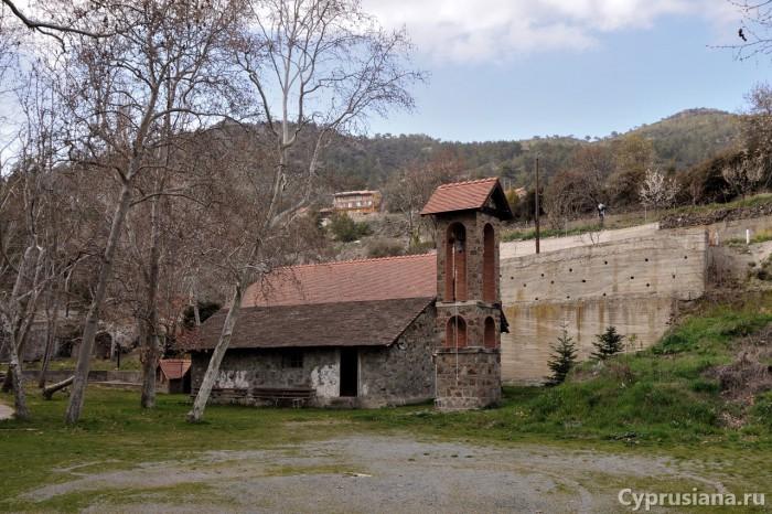 Церковь Девы Марии и Преображения Господня в Киперунте