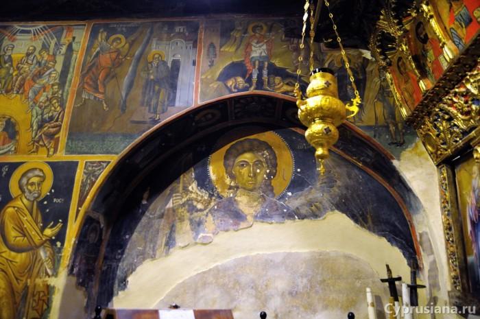 Архангел Михаил. 1510-е годы. Роспись в нише северной стены в Преображенской церкви в д. Палеохорьо