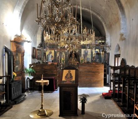 В церкви Богородицы Амиру