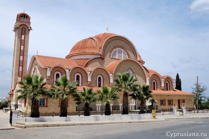 Церковь в Дериньи