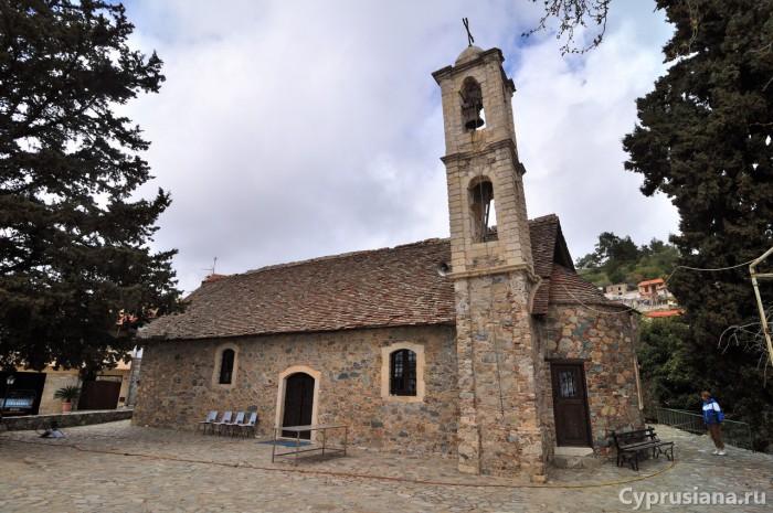 Церковь Zoodochos Pigi