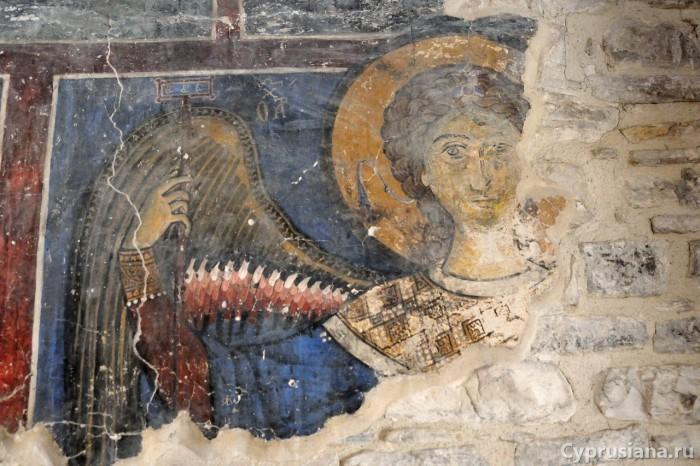 Архангел Михаил. Конец XII века. Роспись церкви Архангела Михаила в Като Лефкара