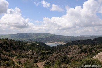 Вид на водохранилище Kannavoiu
