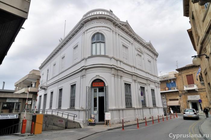Библиотека Фанеромени