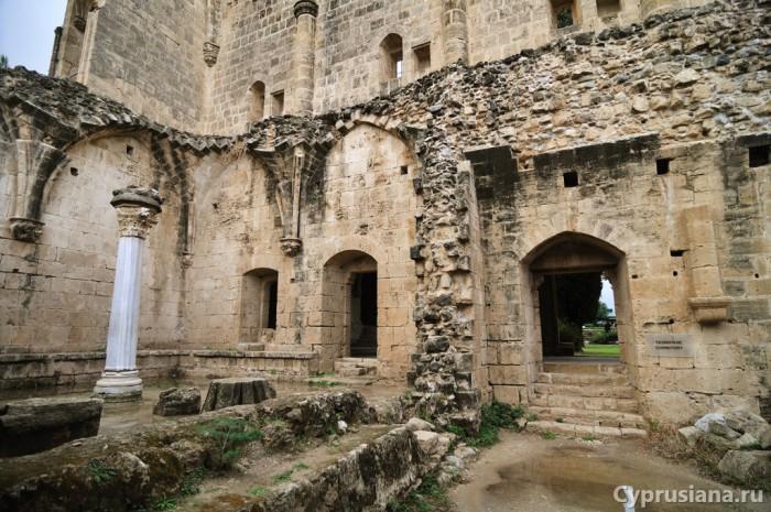 Западная часть аббатства