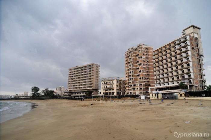 Пляж в Вароше