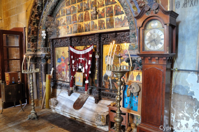 Гробница св. Маманта