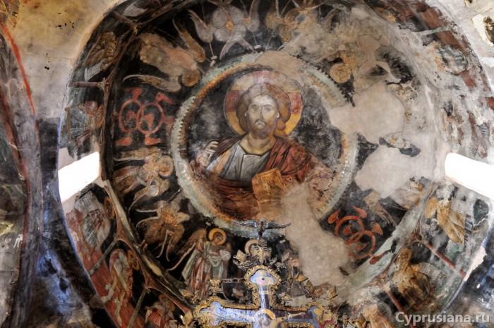Фреска лика Христа Вседержителя